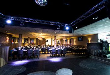 Restaurant avec soirées dansantes